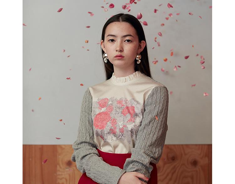 RED Profile(嶋山⽂香)《sisterhood》2017-18AWコレクションより